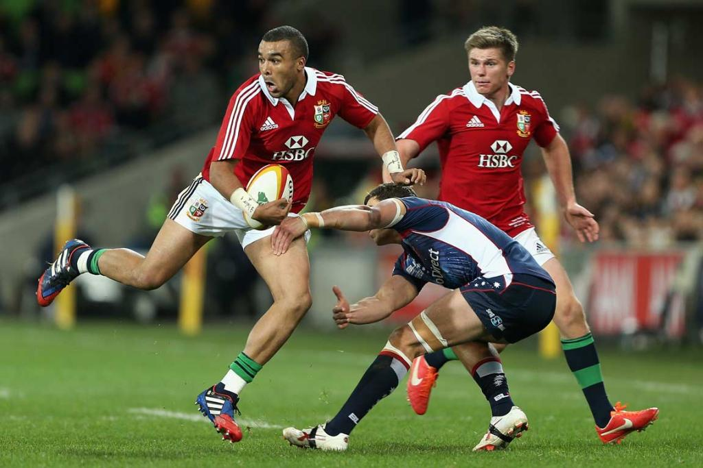 Simon Zebo finds space against the Melbourne Rebels.