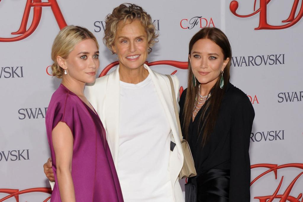 FASHION MUSE: Hutton with Ashley and Mary-Kate Olsen at the CFDA Awards 2012.