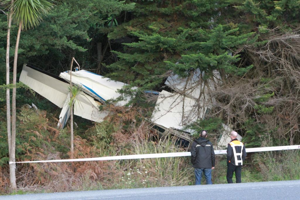 This light plane landed heavily in bush west of Auckland.