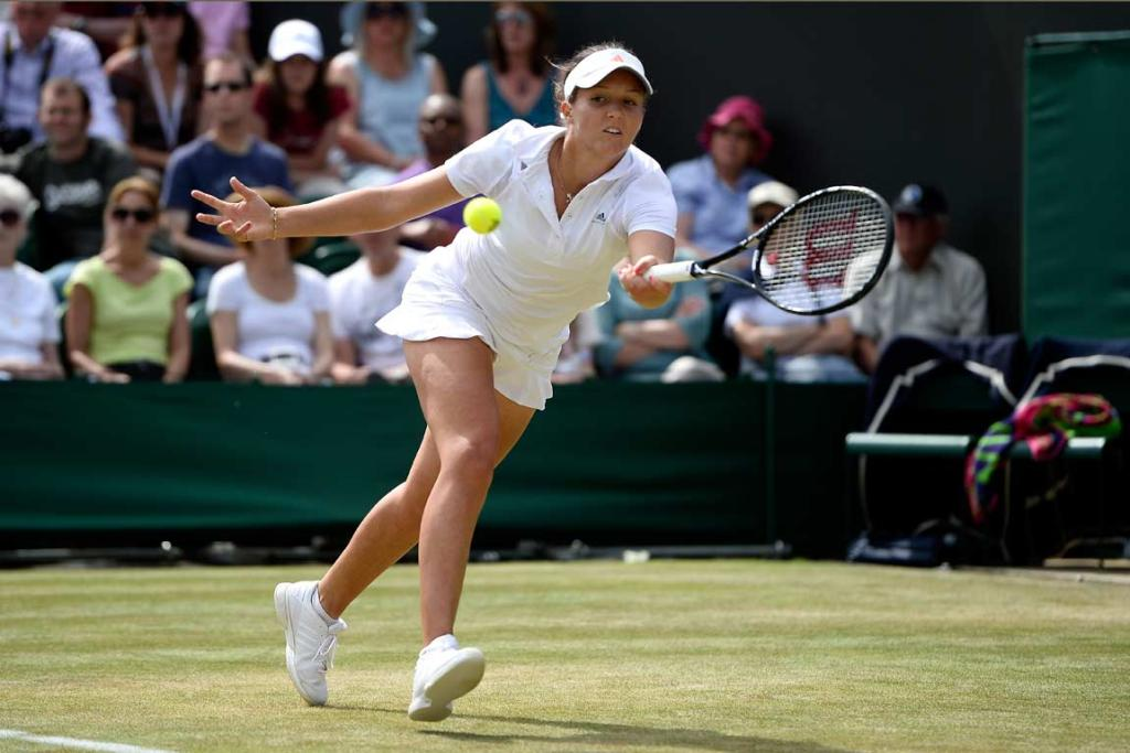 Laura Robson reaches to play a forehand against Marina Erakovic.