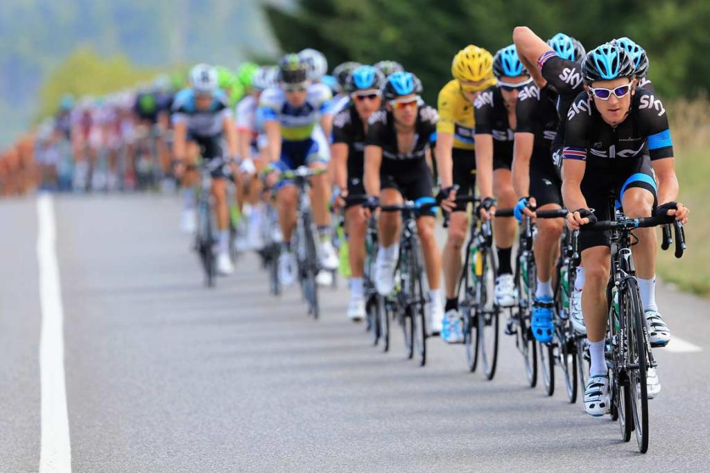 Team Sky lead the peloton during the Tour de France's 16th stage.