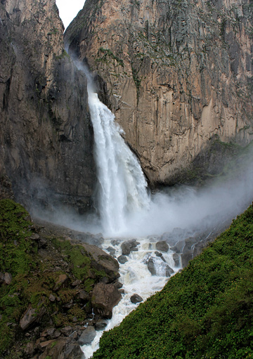 CATARACT: Huaruro wasn't the largest or tallest waterfall I'd ever seen. But that didn't matter.