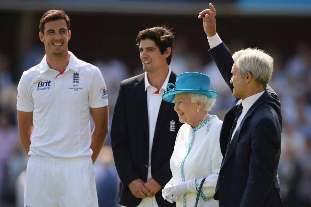 Alastair Cook and The Queen