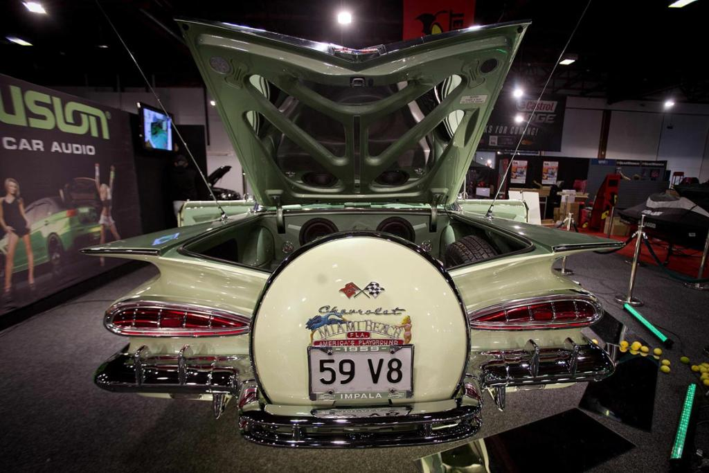 Alex Ross's 1959 Chevrolet Impala before the 2013 CRC Speedshow in Auckland.