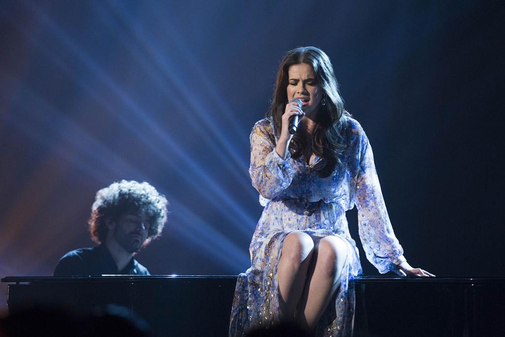 New Zealand X factor winner Jackie Thomas performing during the grand finale.