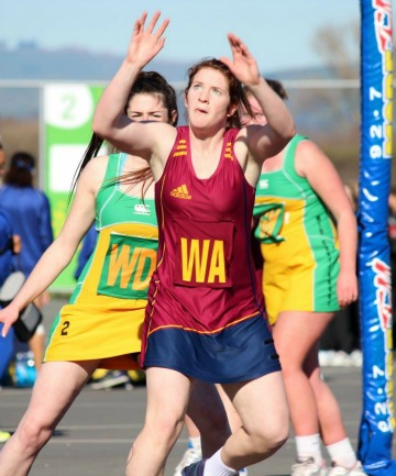 READY: Southland's Hannah Cooke  in action against Mid Canterbury.