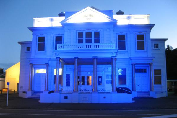The Royal Wanganui Opera House lit in blue to celebrate the birth the new royal baby boy.