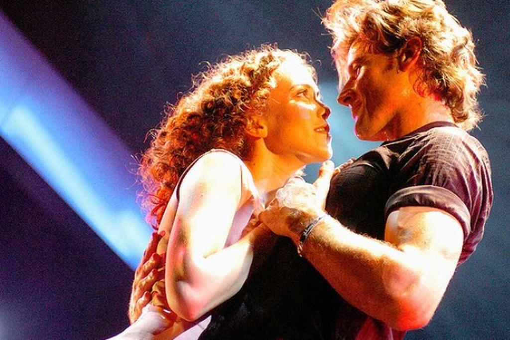 Kym Valentine with Josef Brown in the stage adaptation of Dirty Dancing in 2004.
