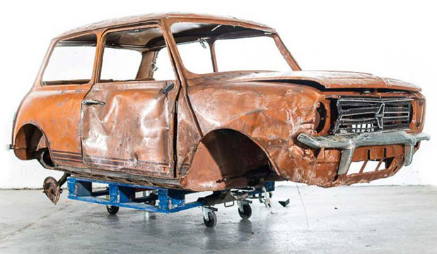 SOLD: Someone paid over NZ$3000 for this wrecked and rare Mini Clubman.