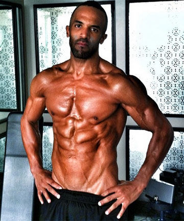 RE-RE-WIND: Craig David releases more half-naked selfies than he does singles these days.
