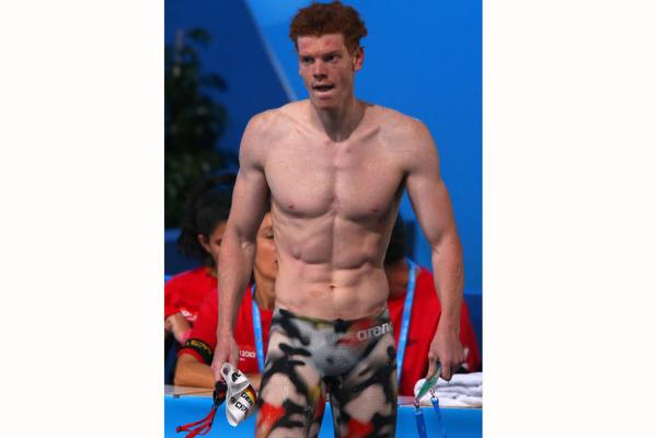 20 gratuitous shots of male swimmers