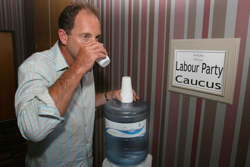 David Shearer takes a break while campaigning in 2010.