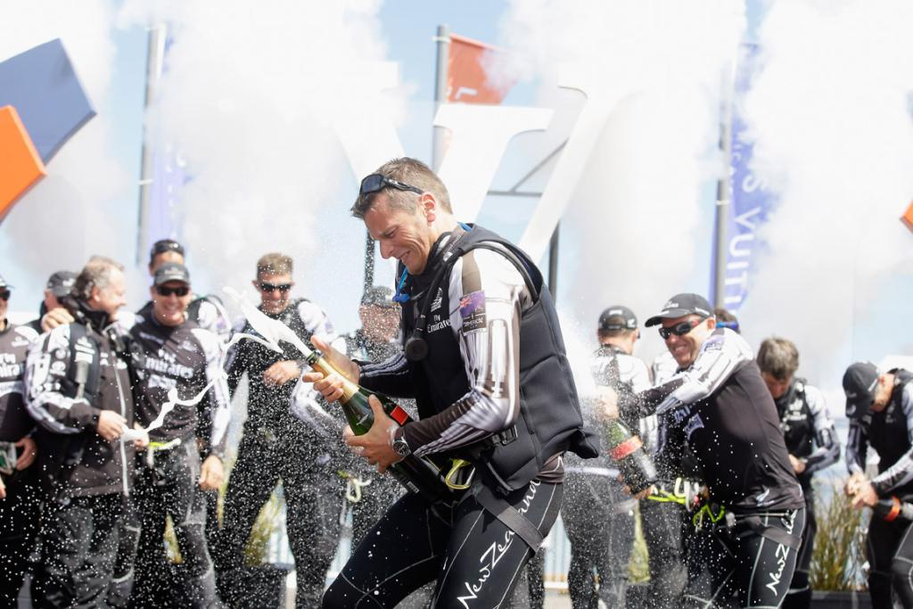 Team NZ win Louis Vuitton gallery