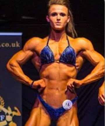 Teen girl bodybuilders