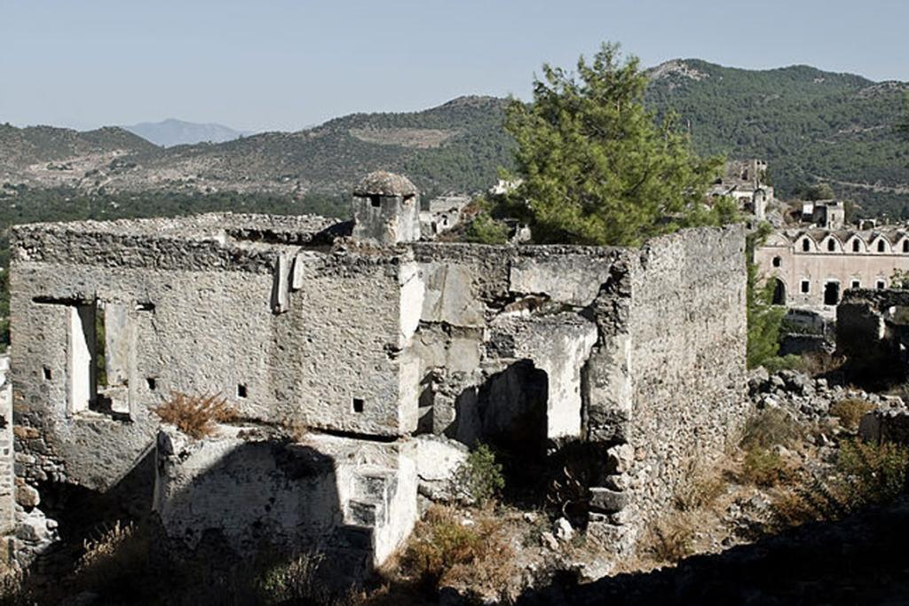 Kayaköy, Anatolia, Turkey: The citizens of Kayaköy were forced to move and were repatriated to Greece. When they left, the village subsequently was abandoned.