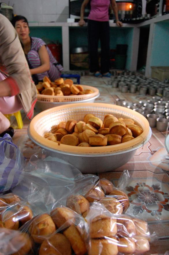 Vietnamese pound cakes at a fishing village hoi an were made by the hundred.