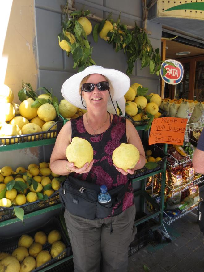 """Where big lemons are concerned in Sorrento, Italy, a """"Please don't touch"""" sign may not be enough."""