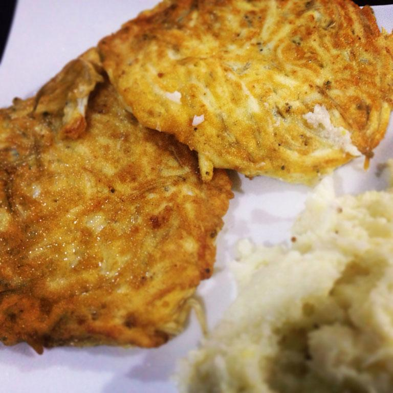 You really can't beat New Zealand's own West Coast delicious fresh whitebait patties fried in lashings of butter and drizzled with a squeeze of fresh lemon.