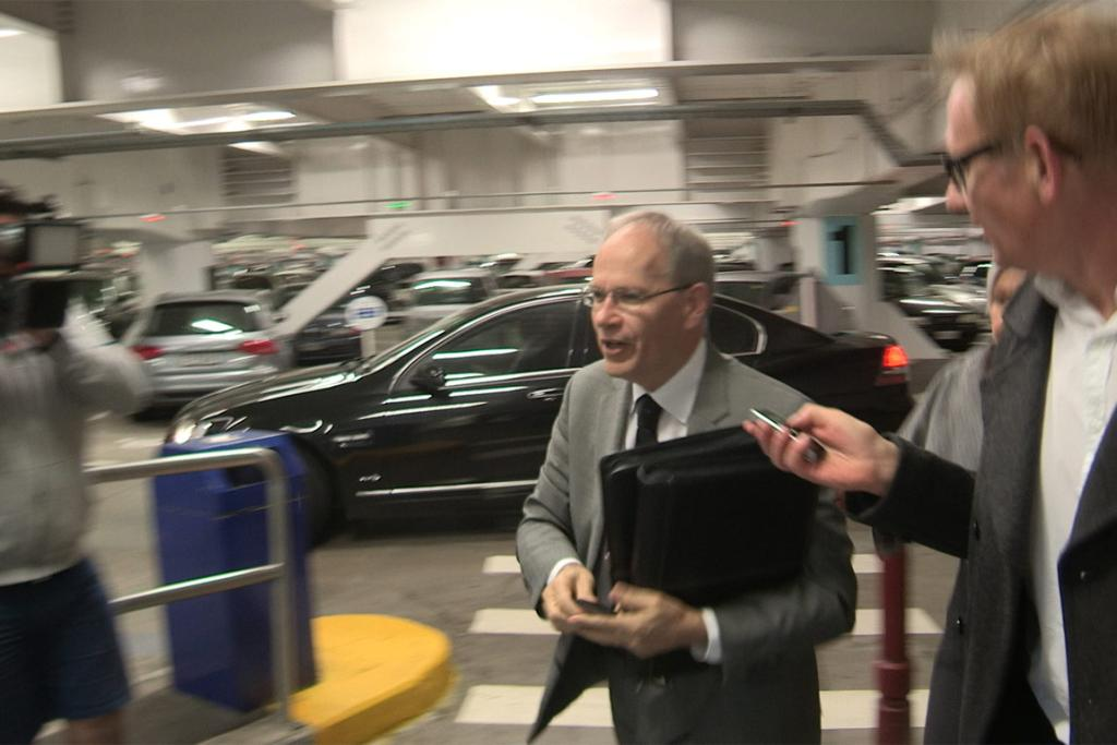 Embattled Auckland Mayor Len Brown arrives at the Town Hall, a day after admitting he had an affair with a younger woman.