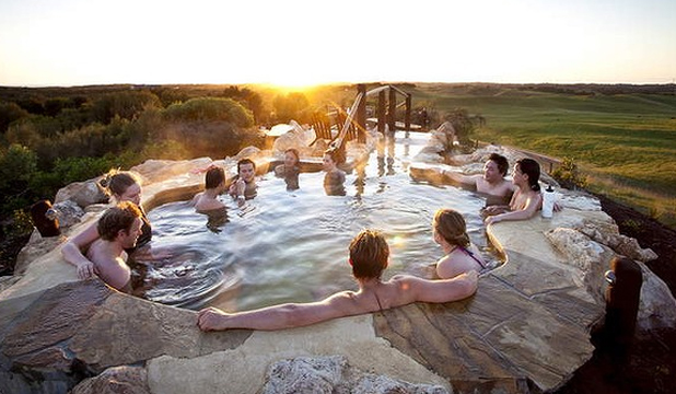 spa australia travel