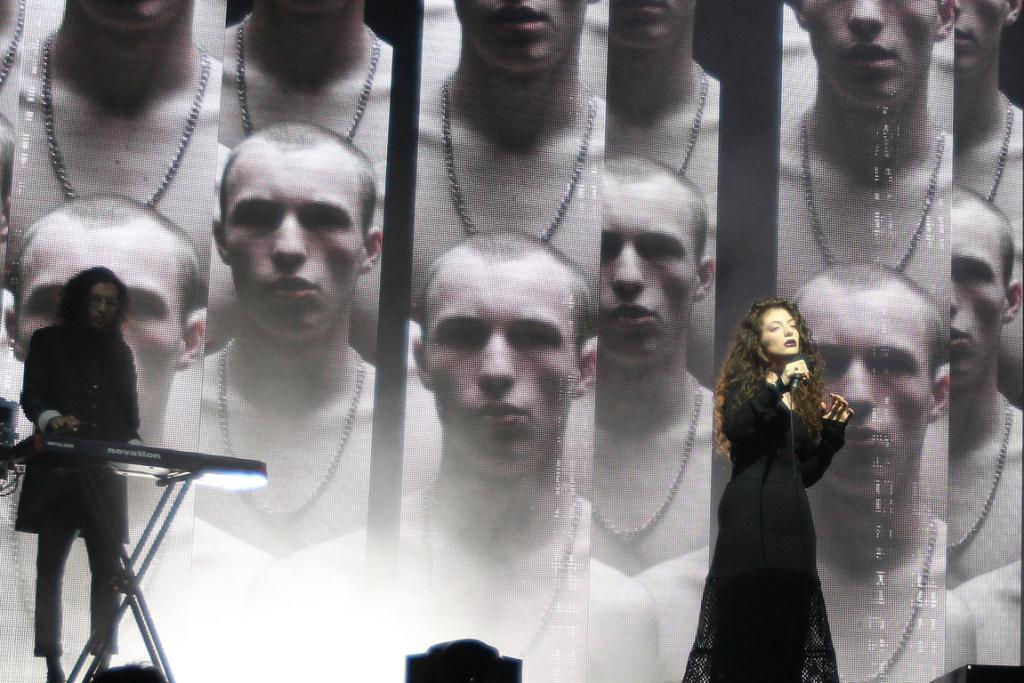 ROYALS PERFORMANCE: Lorde opened the Vodafone NZ Music Awards show at Auckland's Vector Arena.