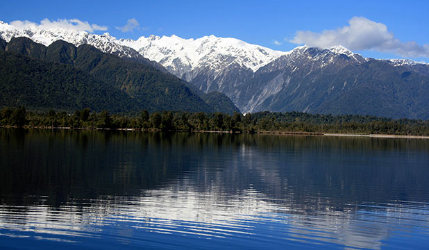 Southern Alps from Lake Mapourika