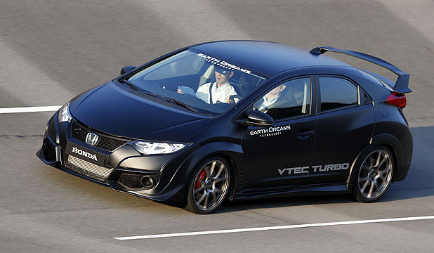 The prototype Honda Civic Type-R in action on the Tochigi high-speed oval.