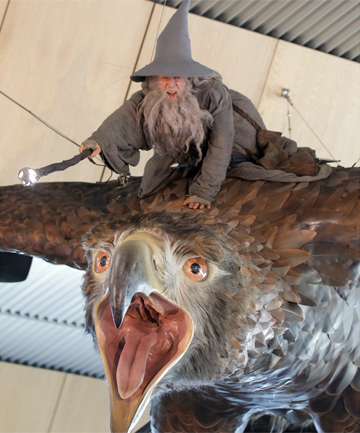 Hobbit eagle and gandalf