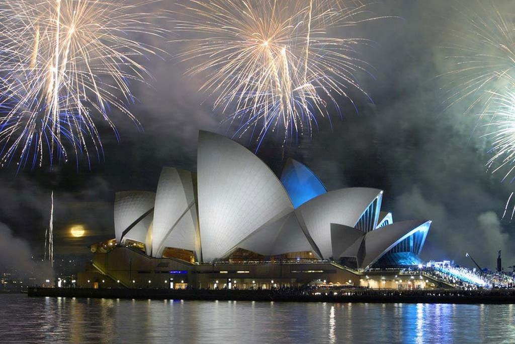 2. Happy 40th, Sydney Opera House, October 20, 2013. 176,555 likes.