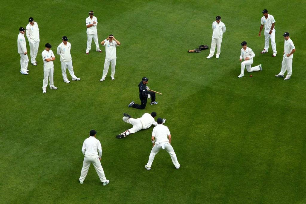 The Black Caps warm up before the West Indies innings with catching practise.