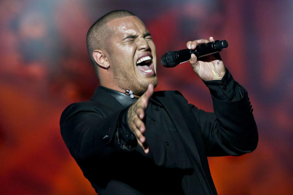 ALL HEART: Stan Walker during Coca Cola Christmas in the Park held at the Auckland Domain.