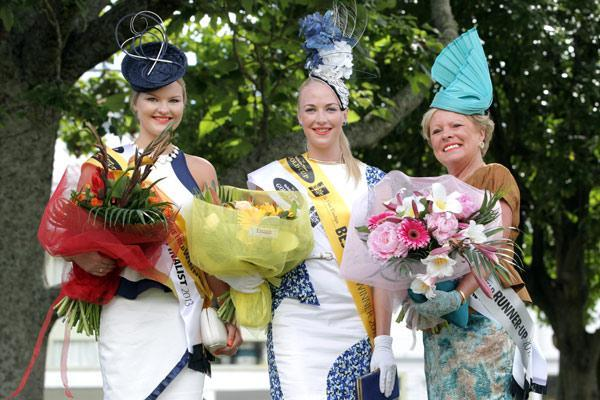 Fashion in the Field winners Eleanor Campbell , Alisha Maxwell and Christine Verrion-Clarke.
