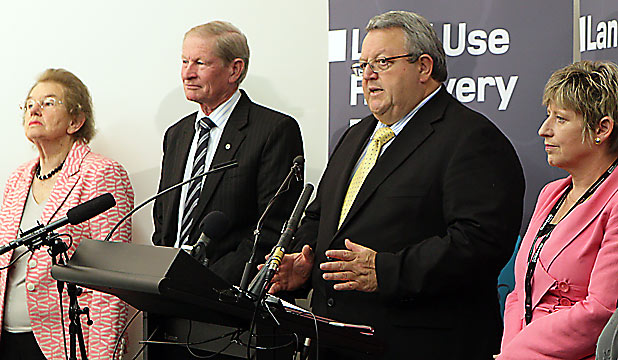 Gerry Brownlee and Lianne Dalziel