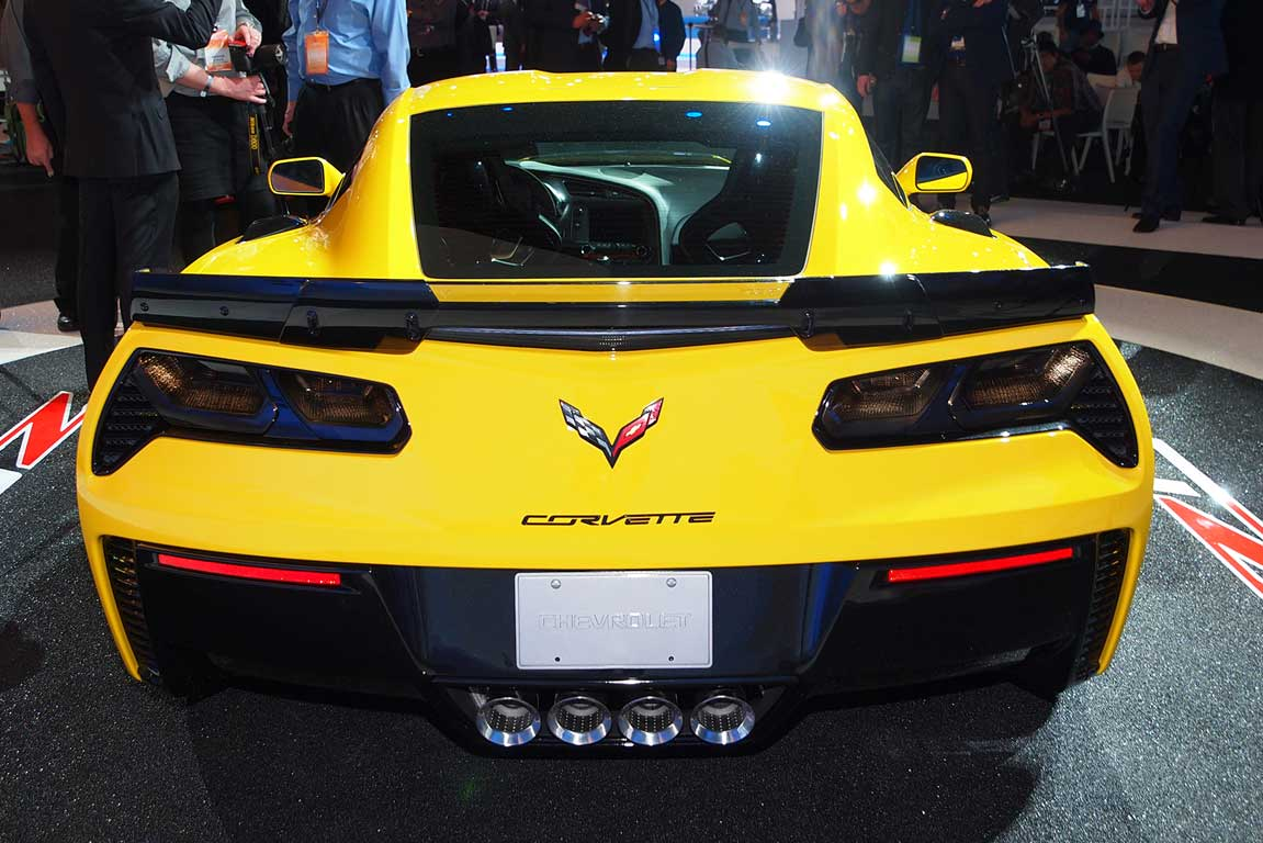 Chevrolet Corvette Z06 unveiled at the Detroit Auto Show.