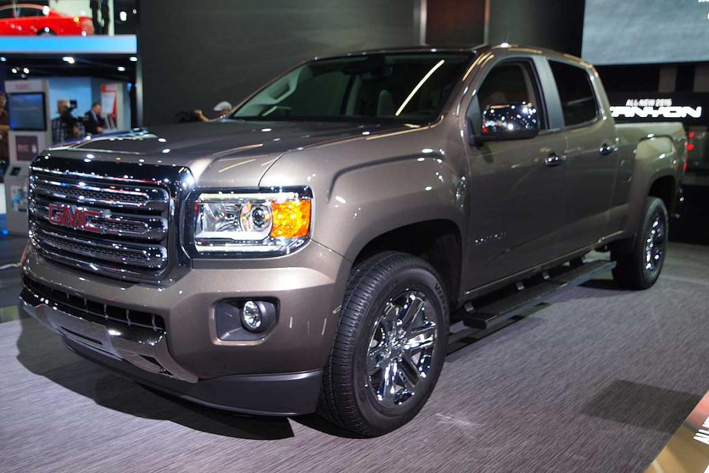 GMC Canyon unveiled at the Detroit Auto Show.