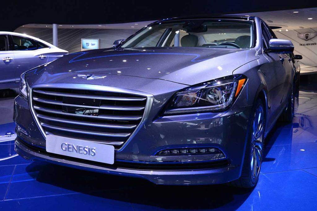 Hyundai Genesis unveiled at the Detroit Motor Show.
