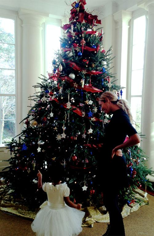 Apparently the Obamas don't know the rules about taking down the Christmas tree.