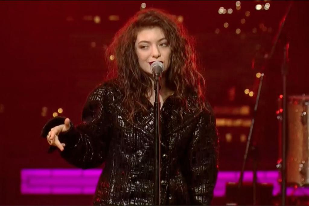 Lorde performs on Letterman.