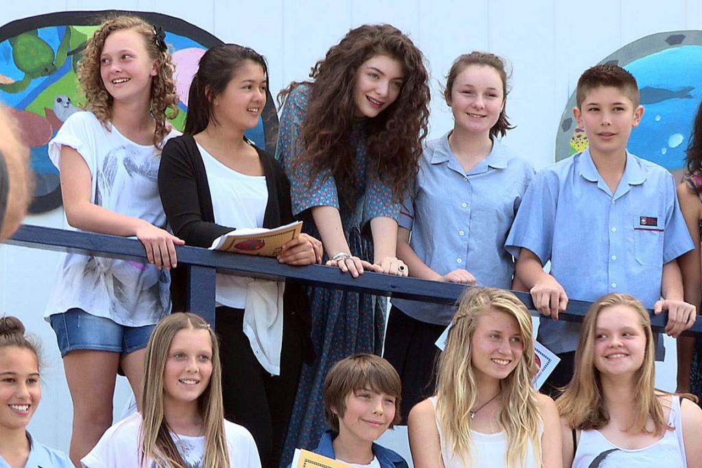 Lorde judges the Belmont Intermediate Idol competition, where she was discovered.