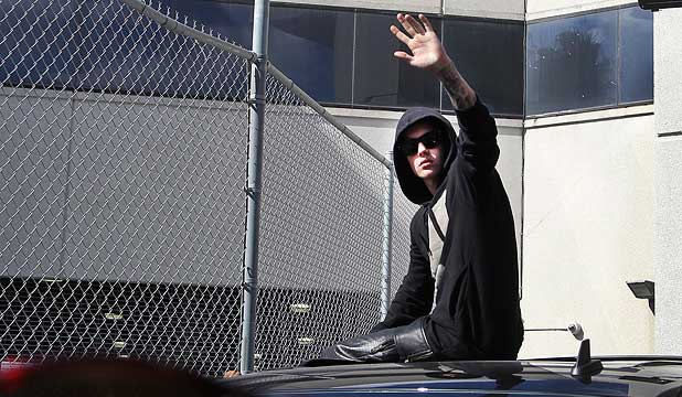 This Is How Justin Bieber Leaves Jail Stuff Co Nz