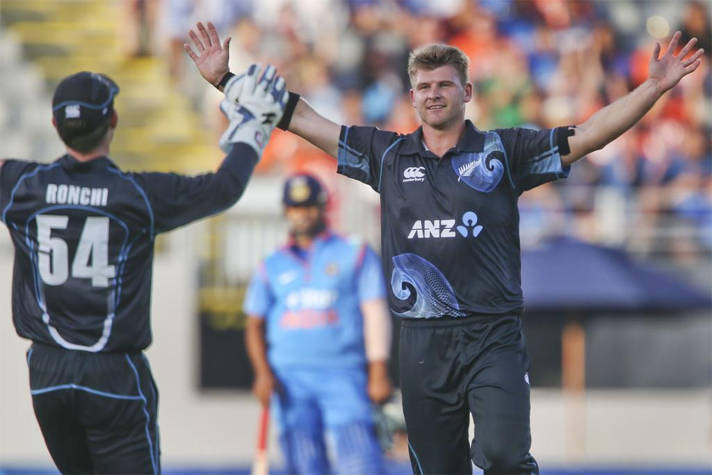 Luke Ronchi (left) and Corey Anderson celebrate a wicket in the third ODI.