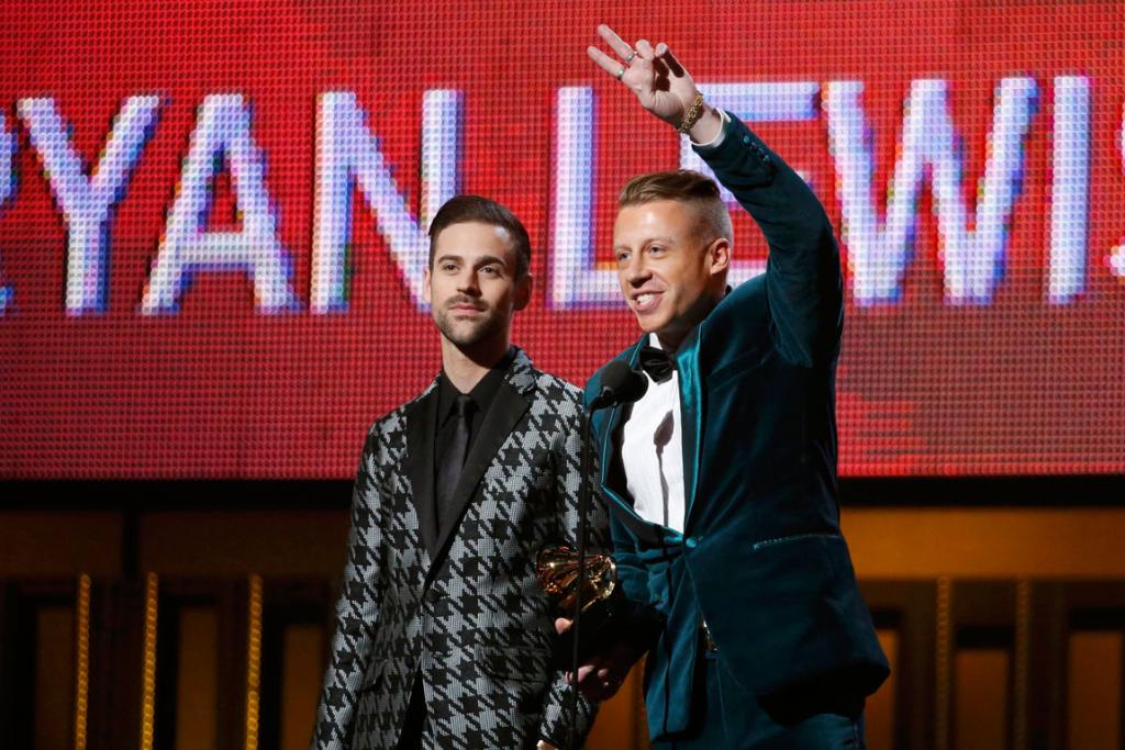 Macklemore & Ryan Lewis win the award for Best New Artist.
