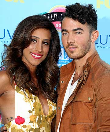 : Kevin and Danielle Jonas