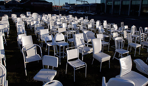 185 memorial chairs