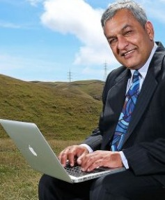 TALK THE TALK: Internet Party manager, Mega CEO and former InternetNZ boss Vikram Kumar will be speaking at TEDx Queenstown.