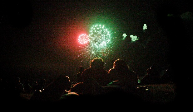 Crowds watch in awe as fireworks give the night sky a splash of colour over Manfeild