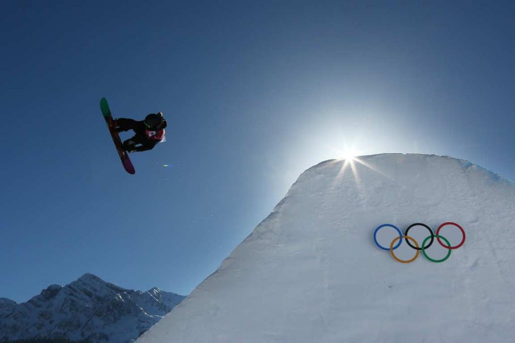 Stefi Luxton competes in the women's snowboard slopestyle qualification round.