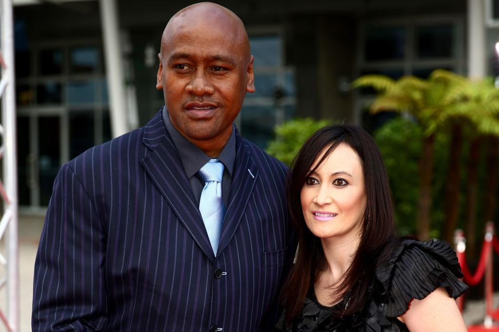 Jonah Lomu and Nadene Quirk on the red carpet.