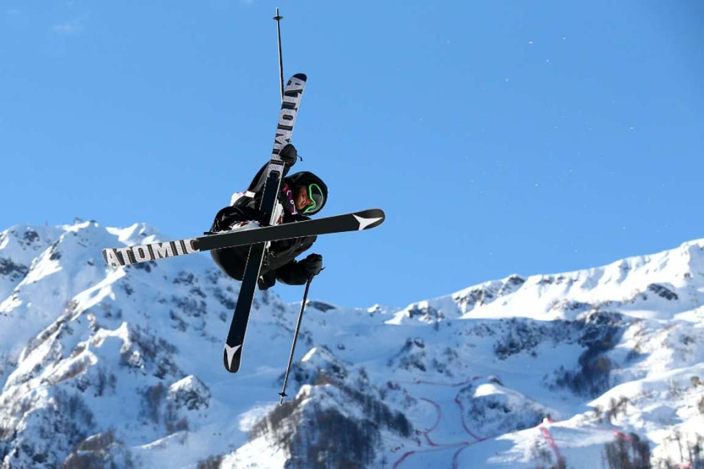 Jossi Wells competes in the men's ski slopestyle qualifying round.