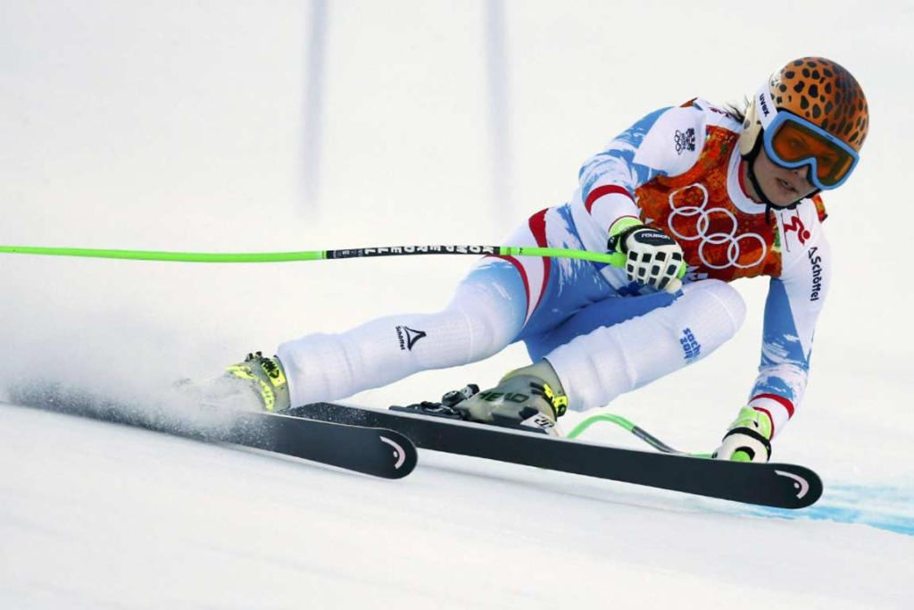 Austria's Anna Fenninger scorches her way down the piste on her way to gold in the women's super-G.